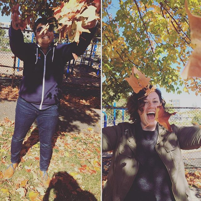 Wheee! A pile of leaves! #columbiacity #seattle #pnw #autumnleaves #shortlegs