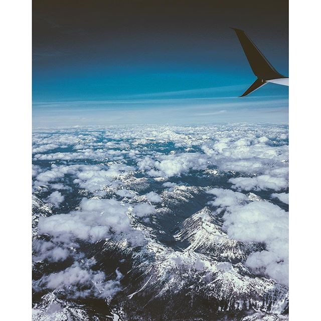 Had the window seat after a whirlwind wknd in Chicago #pnw #latergram #lovethoseclouds