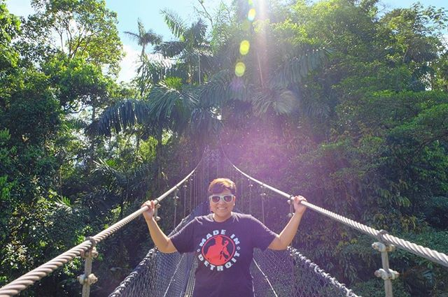Hanging onto the sunshine #sun #vacationspam #lafortuna #costarica